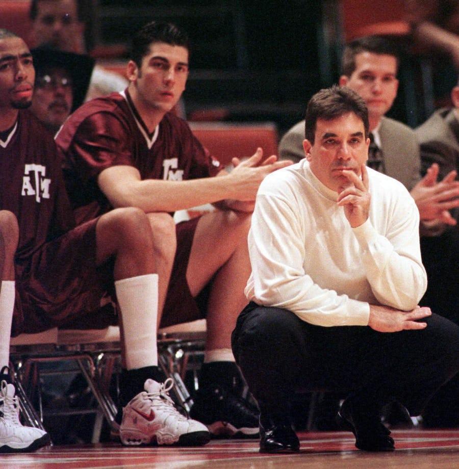 Report: Former Texas A&M men's basketball coach Tony Barone dies | SportsDay