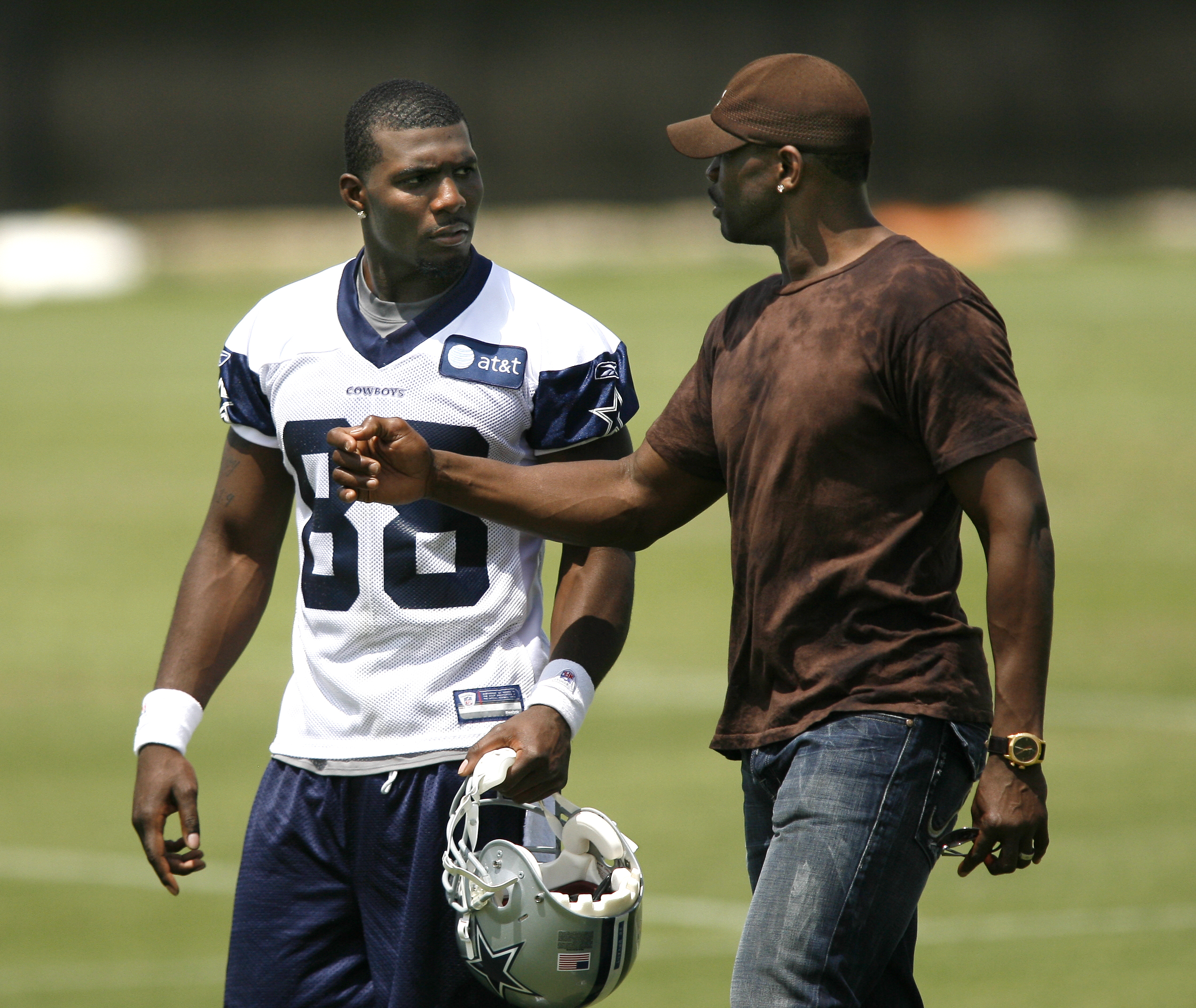 Moore Irvin Hoping Dez Bryant Avoids Dropping Ball Again In