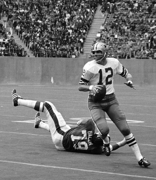 c5171d2175f Dallas Cowboys: Photos: The best of Dallas Cowboys Hall of Fame quarterback Roger  Staubach | SportsDay