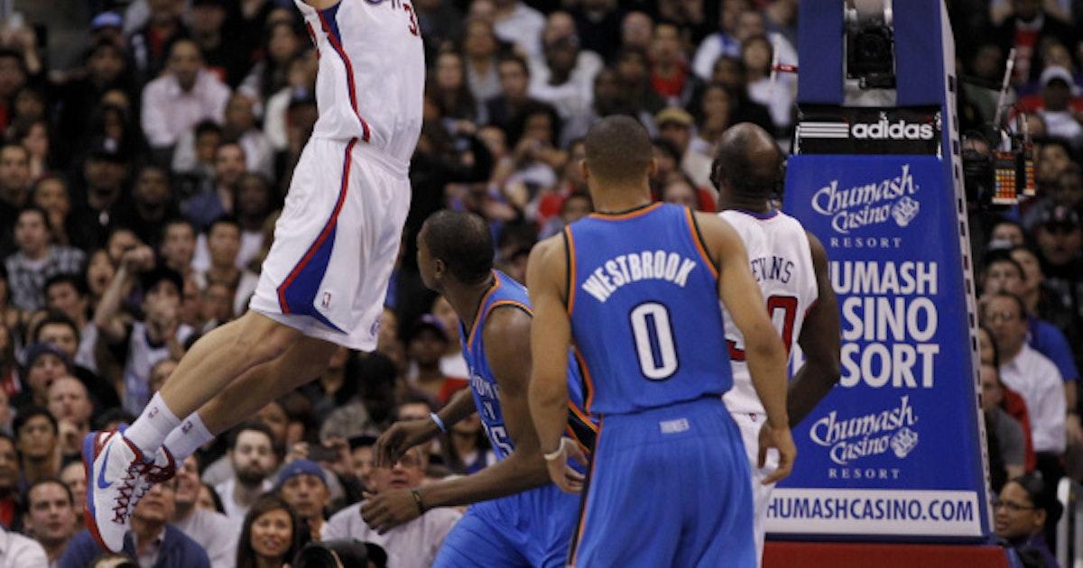 013efd725cc6 Dallas Mavericks  Gallery  Griffin jumps a car in winning NBA slam-dunk  contest
