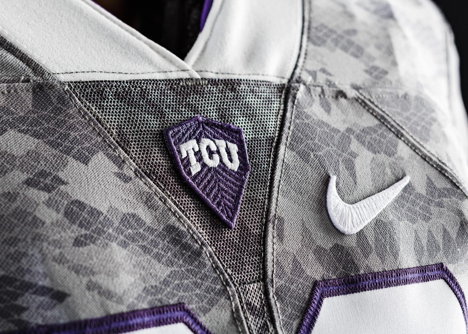 57d72351a College Sports: With TCU debuting 'scaly' uniforms, Horned Frogs know  recruits 'want to have swag' | SportsDay