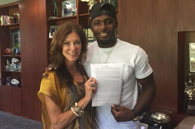 Twitter Reaction To Dez Bryant S Huge Contract With Cowboys